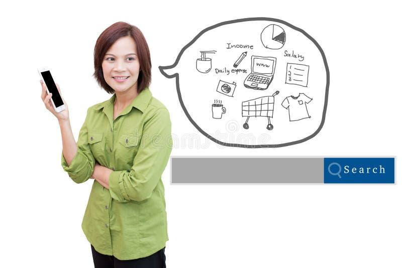 Donna che usando il writng della mano e dello Smart Phone della nota di affari con il Se immagini stock libere da diritti