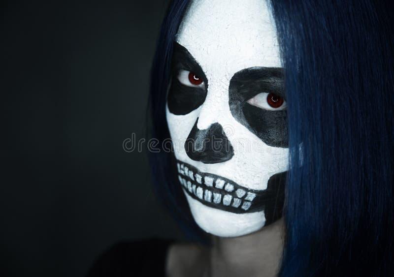 Donna con arte del fronte del cranio fotografia stock