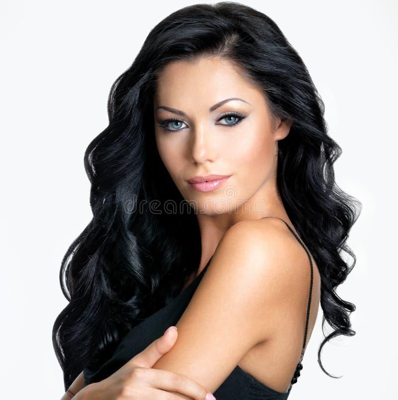 Donna con i capelli lunghi di bellezza fotografia stock libera da diritti
