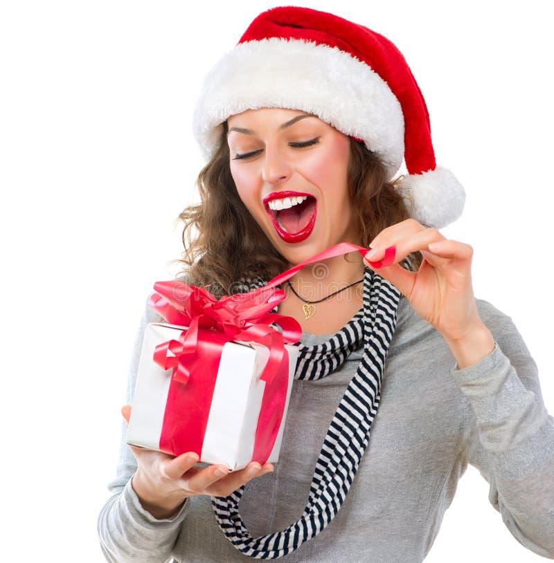 Donna con il contenitore di regalo fotografia stock