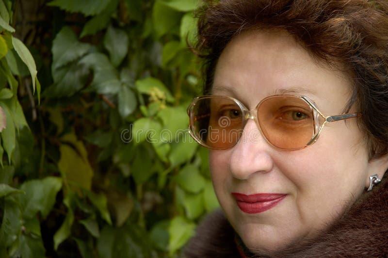 Download Donna con il sorriso fotografia stock. Immagine di felice - 200194