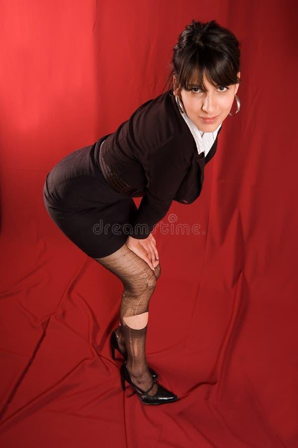 Donna con la calza strappata immagini stock libere da diritti