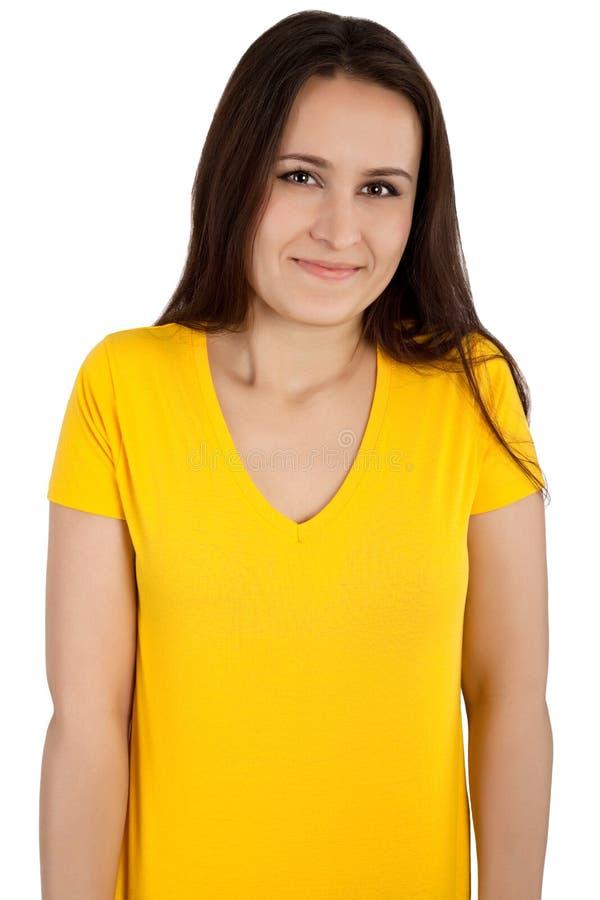 Donna con la maglietta gialla in bianco fotografia stock libera da diritti