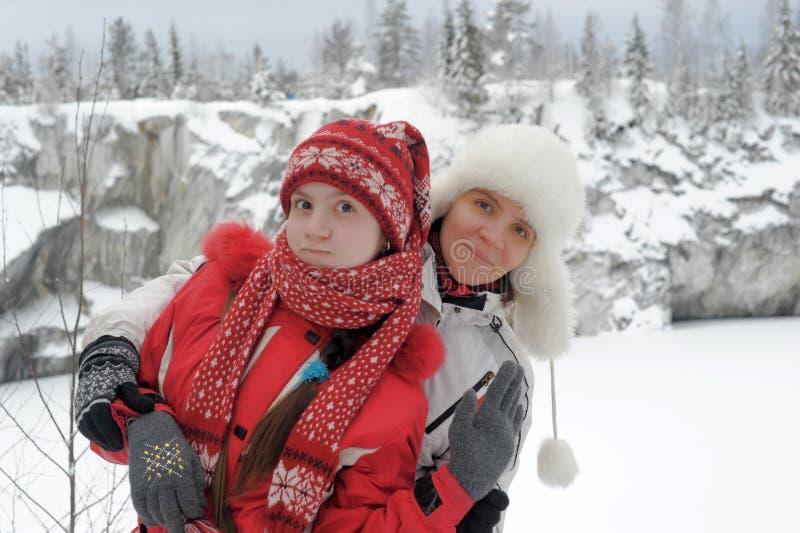 Donna con la sua figlia fotografie stock libere da diritti