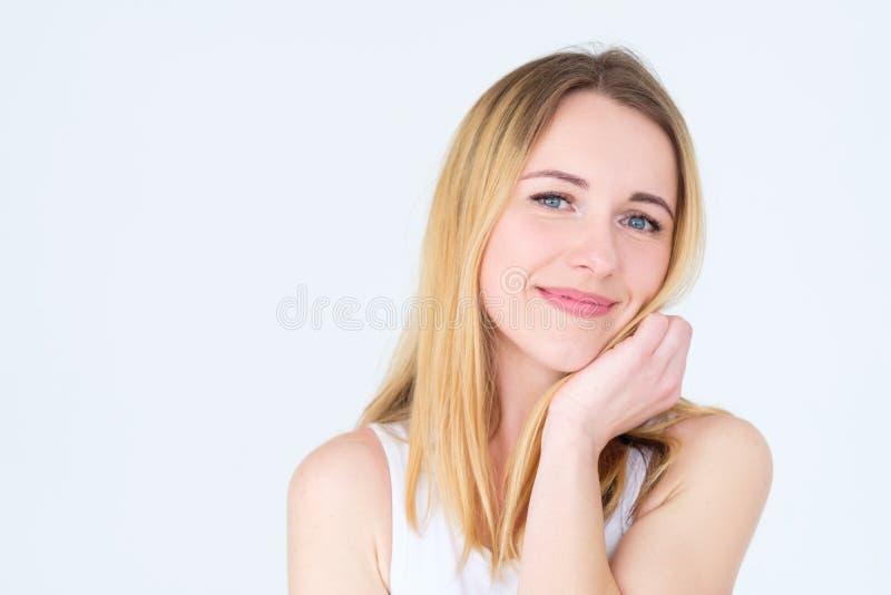 Donna contenta sorridente felice di calma del fronte di emozione fotografia stock