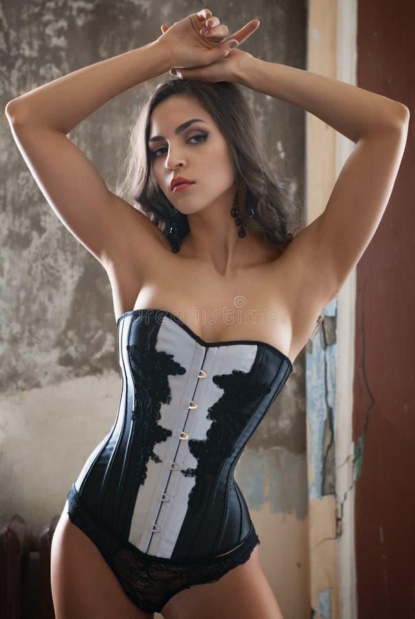 Donna in corsetto immagine stock libera da diritti
