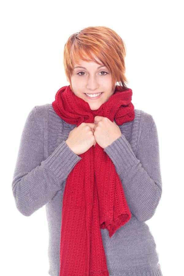 Donna dai capelli rossa con la sciarpa fotografie stock