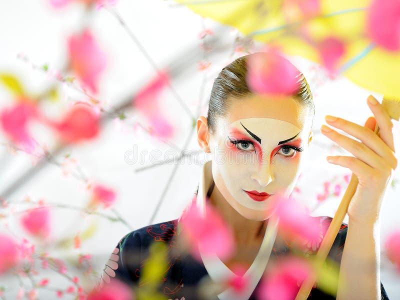Donna del geisha del Giappone con trucco creativo fotografia stock libera da diritti