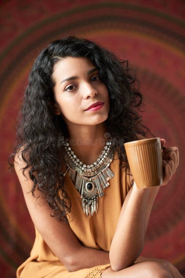 Donna del latino-americano di Beautful immagine stock