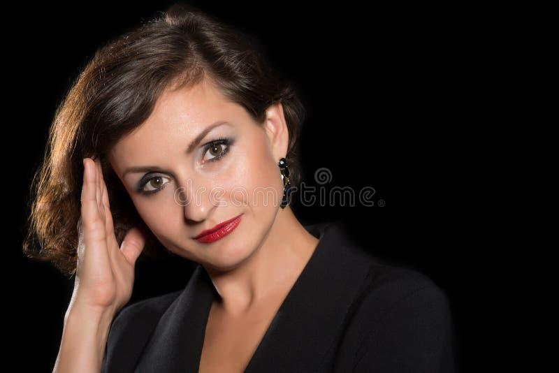 Donna del ritratto di colpo in testa bella fotografia stock