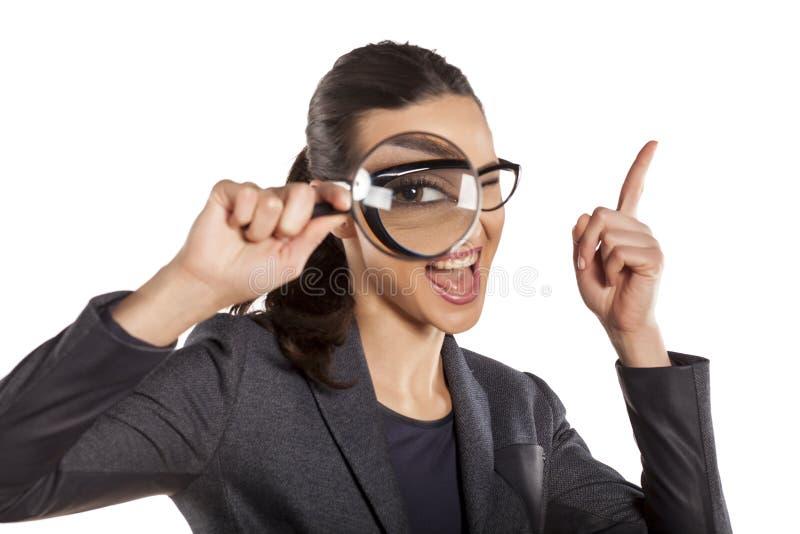 Donna dell'agente investigativo immagini stock libere da diritti