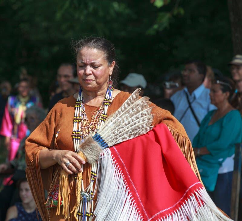 Donna dell'indiano dell'nativo americano fotografia stock libera da diritti