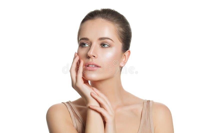 Donna della stazione termale con chiara pelle Skincare e concetto facciale di trattamento fotografie stock libere da diritti