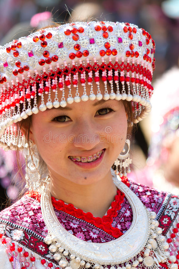 Donna della tribù della collina di Hmong. immagini stock libere da diritti