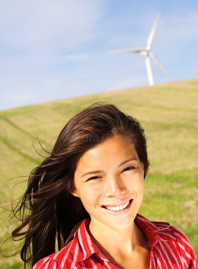 Donna della turbina di vento fotografia stock