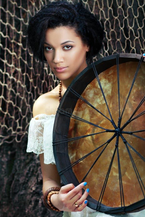 Donna dello sciamano fotografia stock