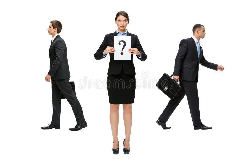 Donna di affari che affronta una decisione difficile immagine stock