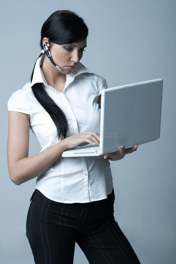 Donna di affari (Fredda-Ver) fotografia stock libera da diritti