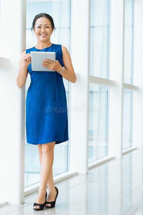 Donna di affari maturi immagine stock libera da diritti