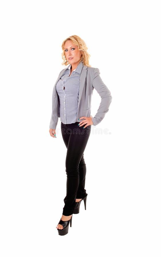 Donna di affari Standing immagini stock libere da diritti