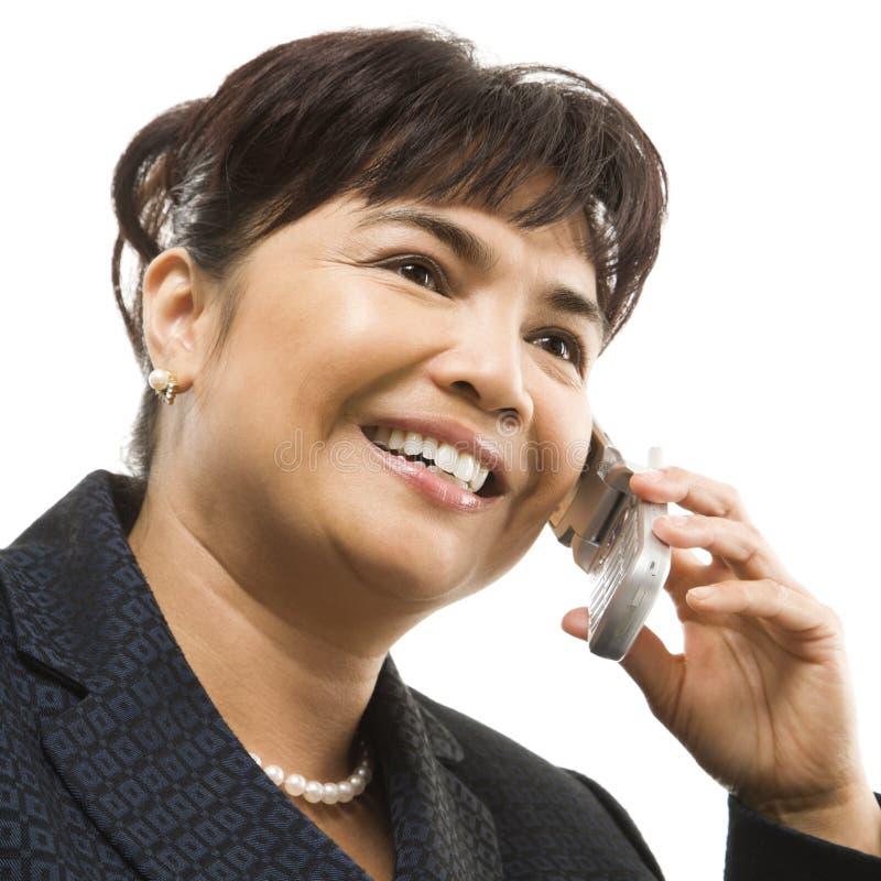 Donna di affari sul cellulare. immagini stock libere da diritti
