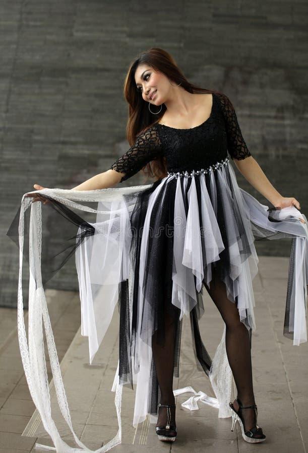Donna di Dancing immagini stock libere da diritti