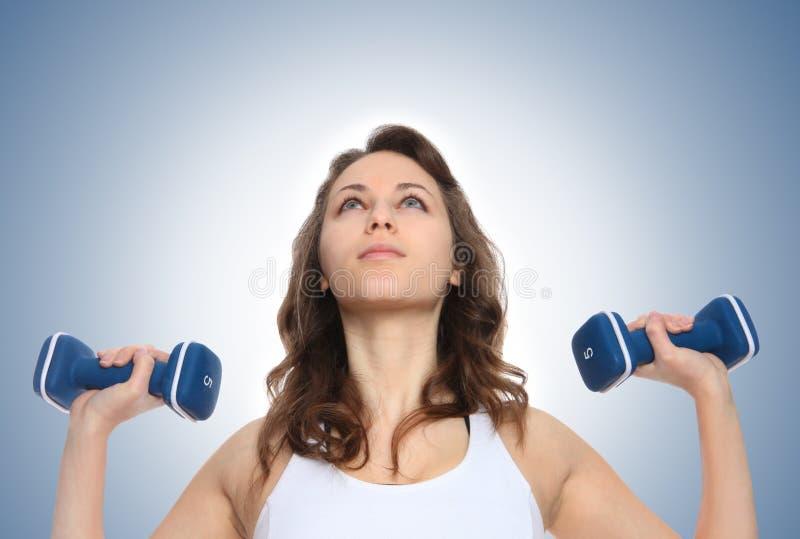 Donna di esercitazione di forma fisica immagine stock libera da diritti