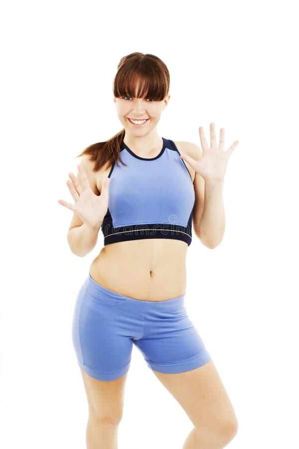 Donna di forma fisica di Zumba che esercita ballo di zumba aerobico fotografia stock libera da diritti