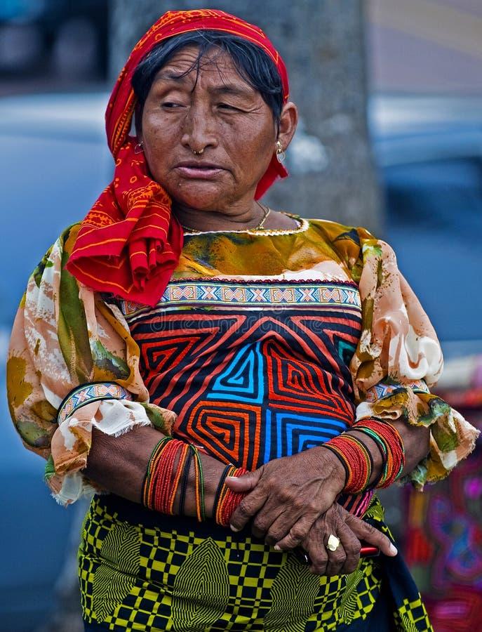 Donna di Kuna fotografia stock libera da diritti