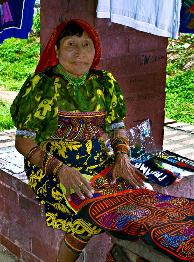 Donna di Kuna, Panama fotografie stock libere da diritti