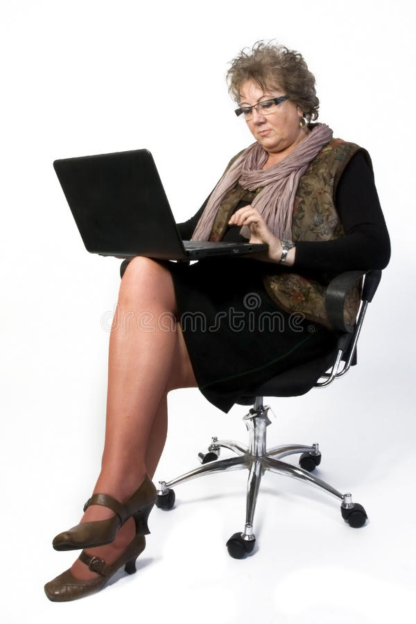 Donna di Medio Evo con il computer portatile immagini stock libere da diritti