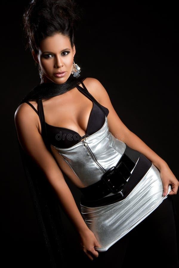 Donna di modo di Latina immagine stock