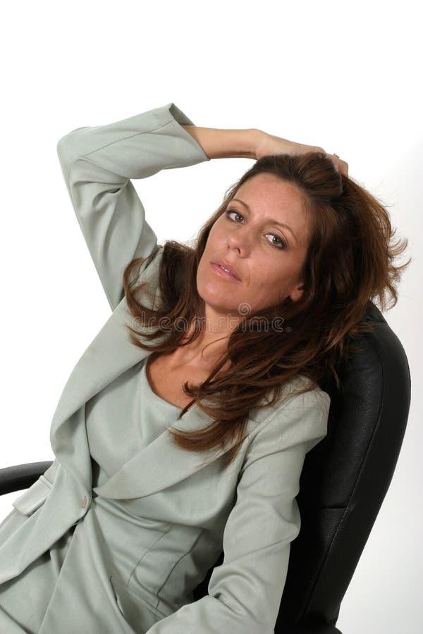 Donna di rilassamento 2 di affari immagini stock libere da diritti
