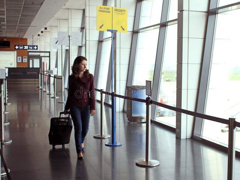 Donna di viaggio fotografia stock