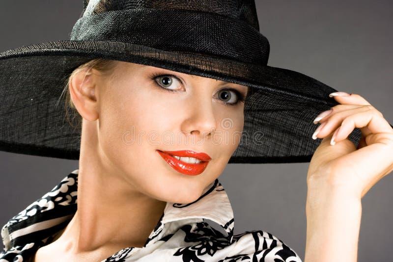 Download Donna elegante immagine stock. Immagine di felice, people - 7317673