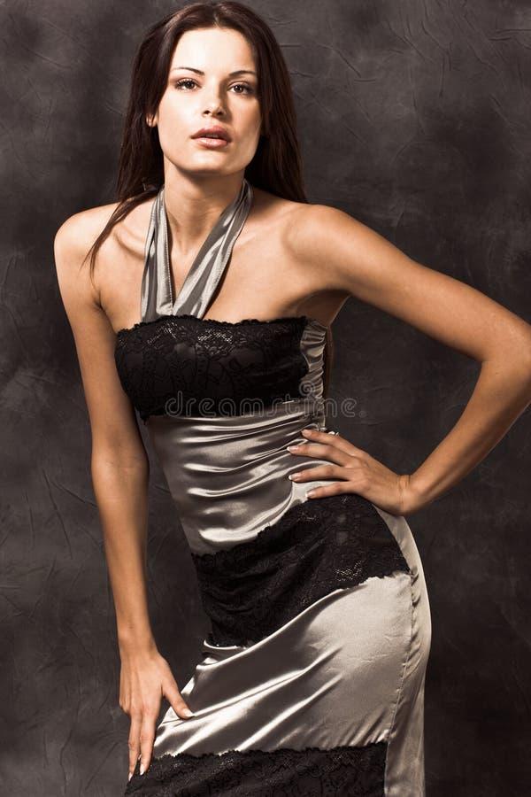 Donna elegante fotografie stock libere da diritti