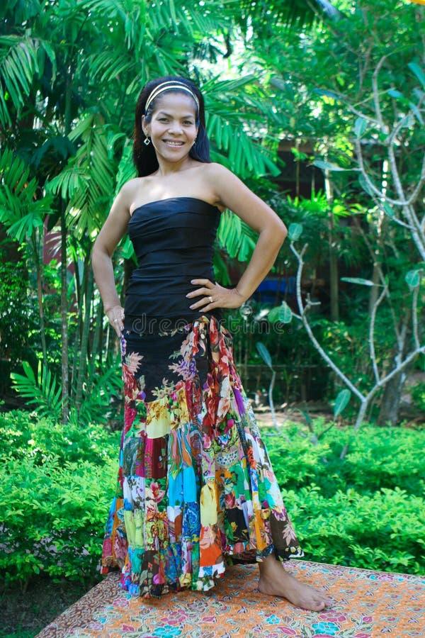 donna felice asiatica immagine stock