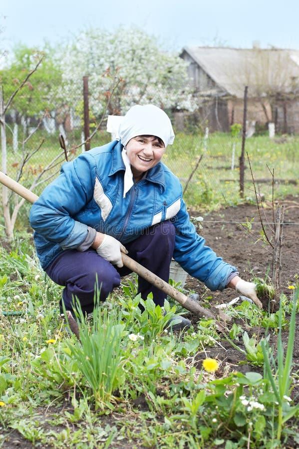 donna felice del coltivatore immagine stock libera da diritti