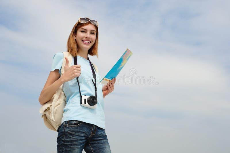 Donna felice di viaggio immagine stock