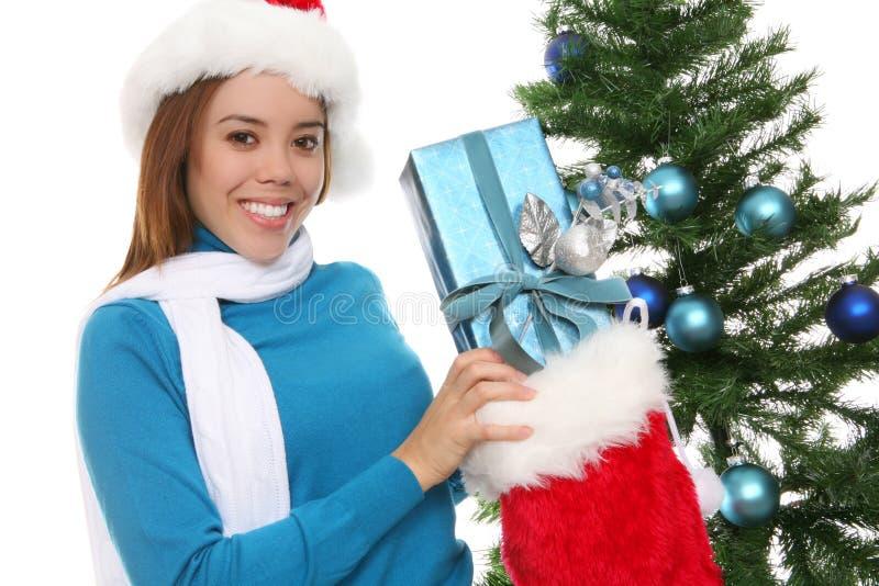 Download Donna felice a natale fotografia stock. Immagine di decorazioni - 3892600