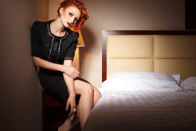 Download Donna Femminile Di Modo In Hotel Fotografia Stock - Immagine di lusso, attraente: 30827436