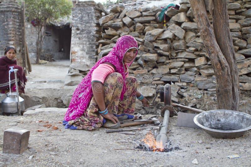 Donna indiana del fabbro fotografie stock libere da diritti