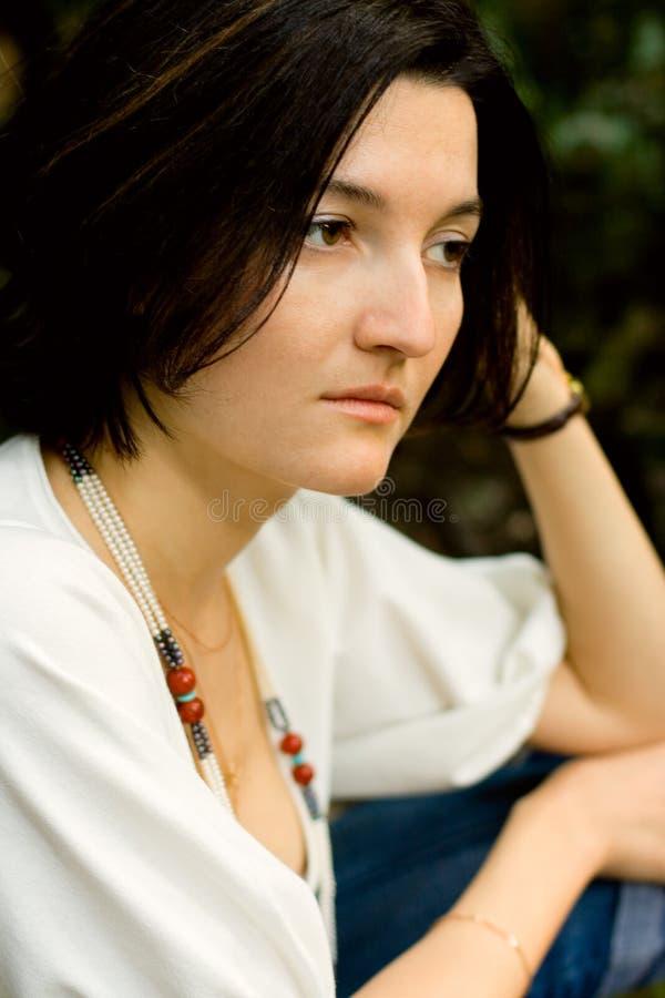 Donna infelice del brunet fotografie stock libere da diritti