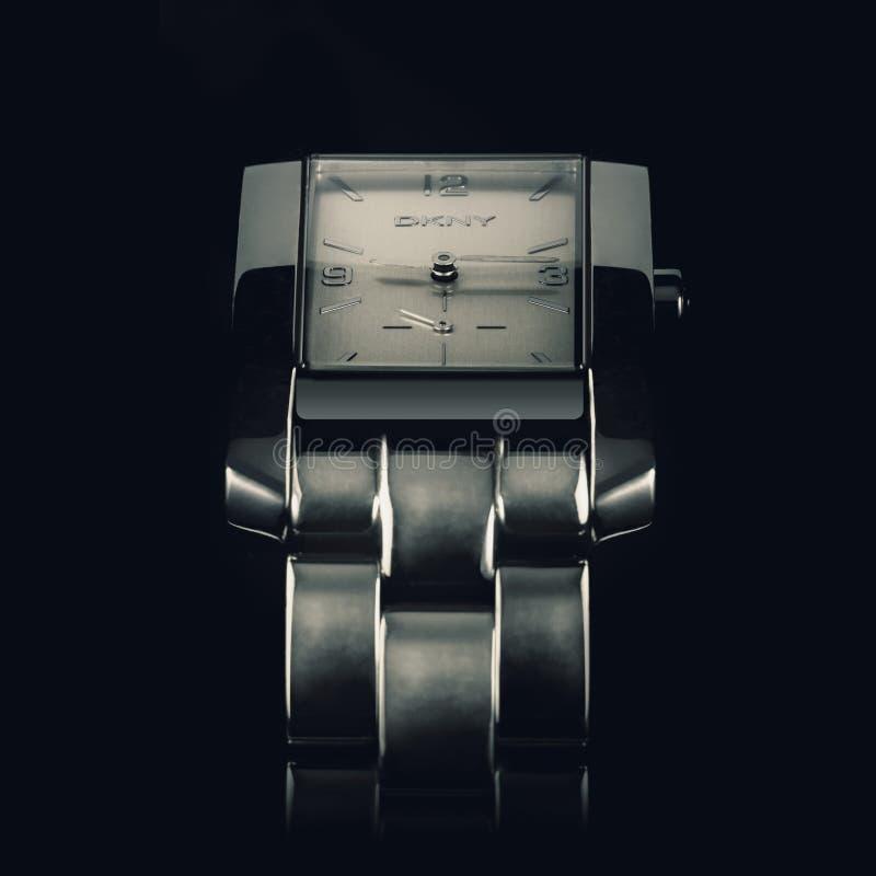 Donna Karan, ατόμων wristwatch, μακρο φωτογραφία στοκ φωτογραφίες με δικαίωμα ελεύθερης χρήσης