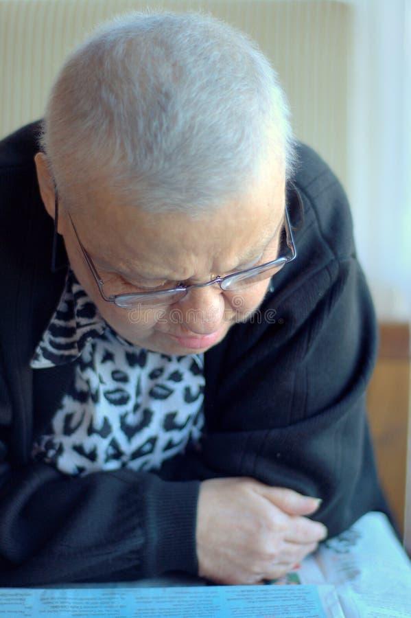 Donna malata calva fotografia stock libera da diritti