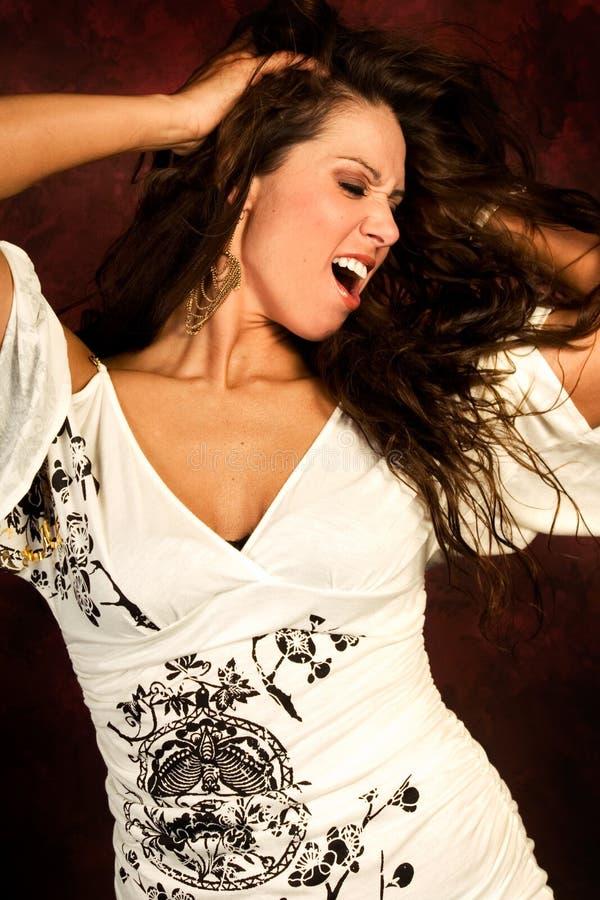 Donna marrone lunga sexy di modo dei capelli fotografie stock libere da diritti