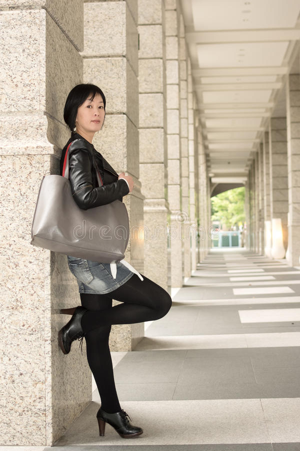Donna matura asiatica immagine stock libera da diritti