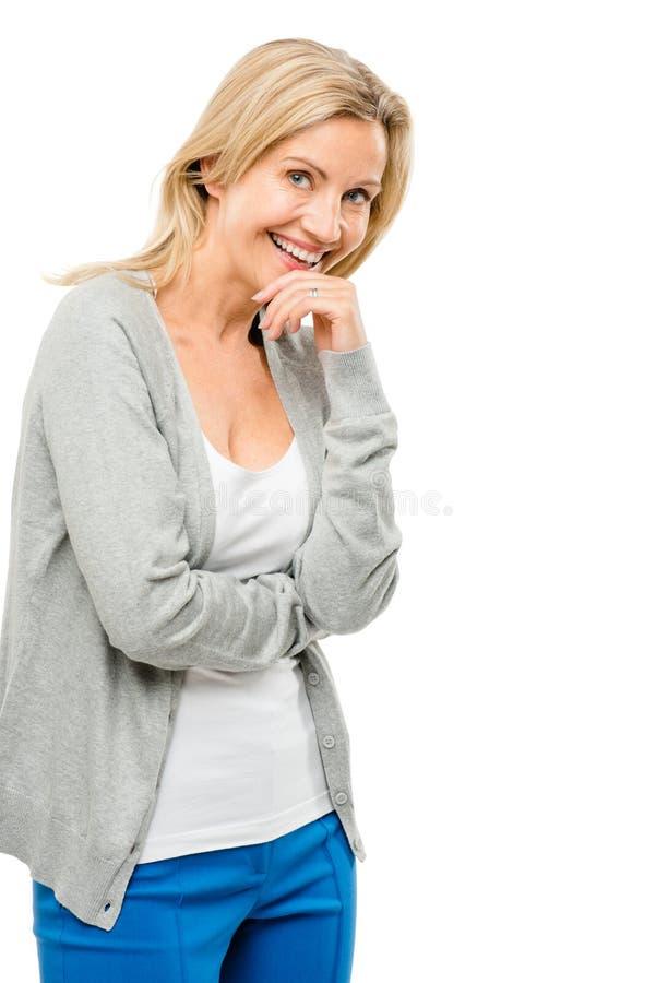Donna matura che ride felice reale del corpo isolato sul backgrou bianco fotografia stock libera da diritti