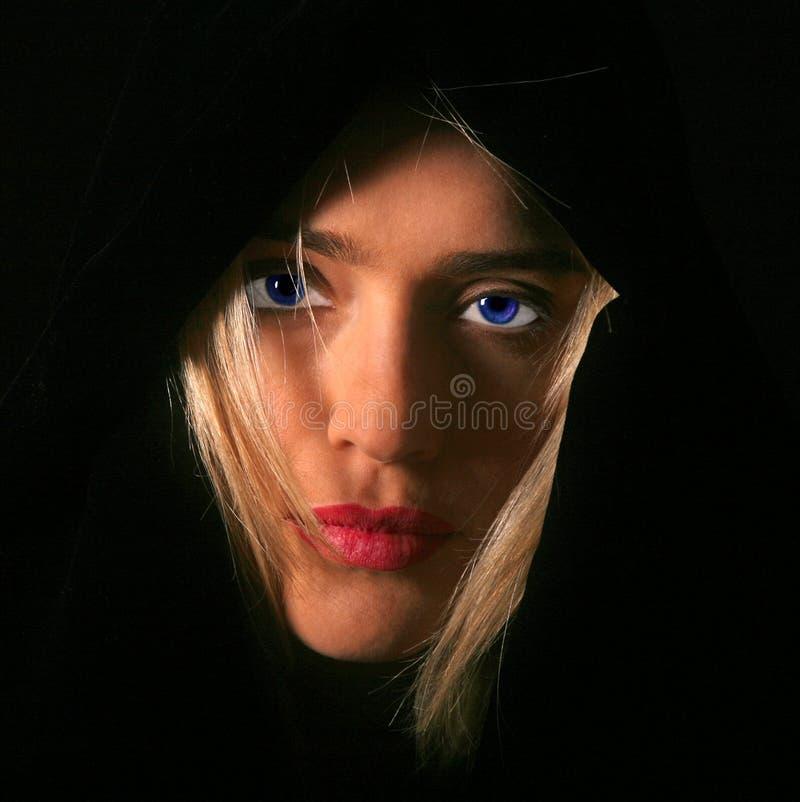 Donna misteriosa fotografie stock libere da diritti