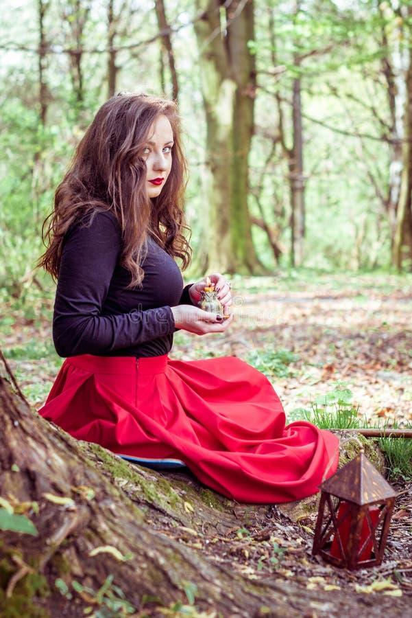 Donna mistica della strega fotografia stock
